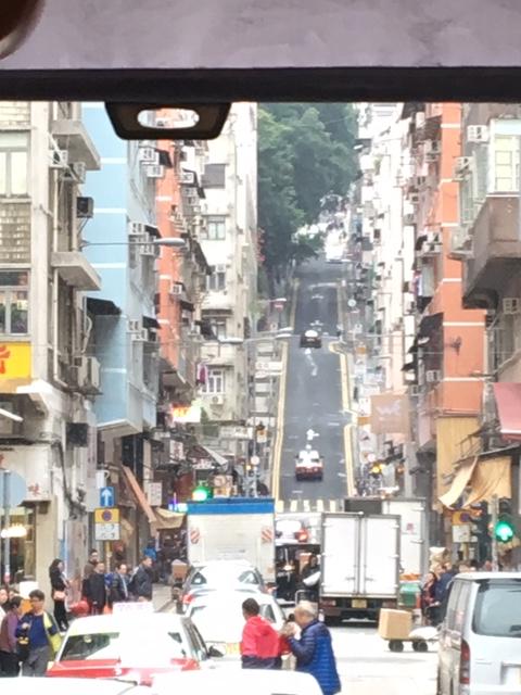 香港の急な坂道
