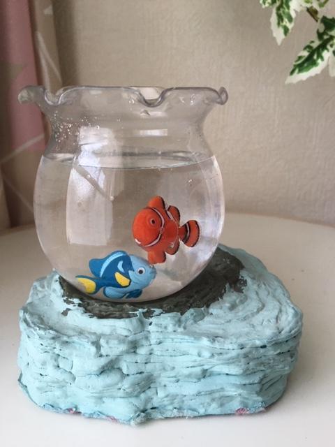 電池式泳ぐニモ風魚