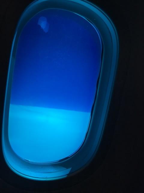 スクート 自動調光 偏光 ガラス(閉じた状態)