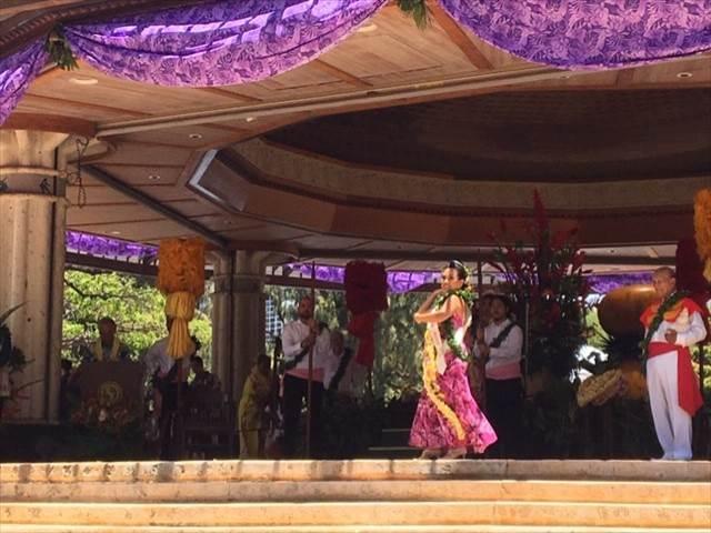レイクイーンのフラダンス
